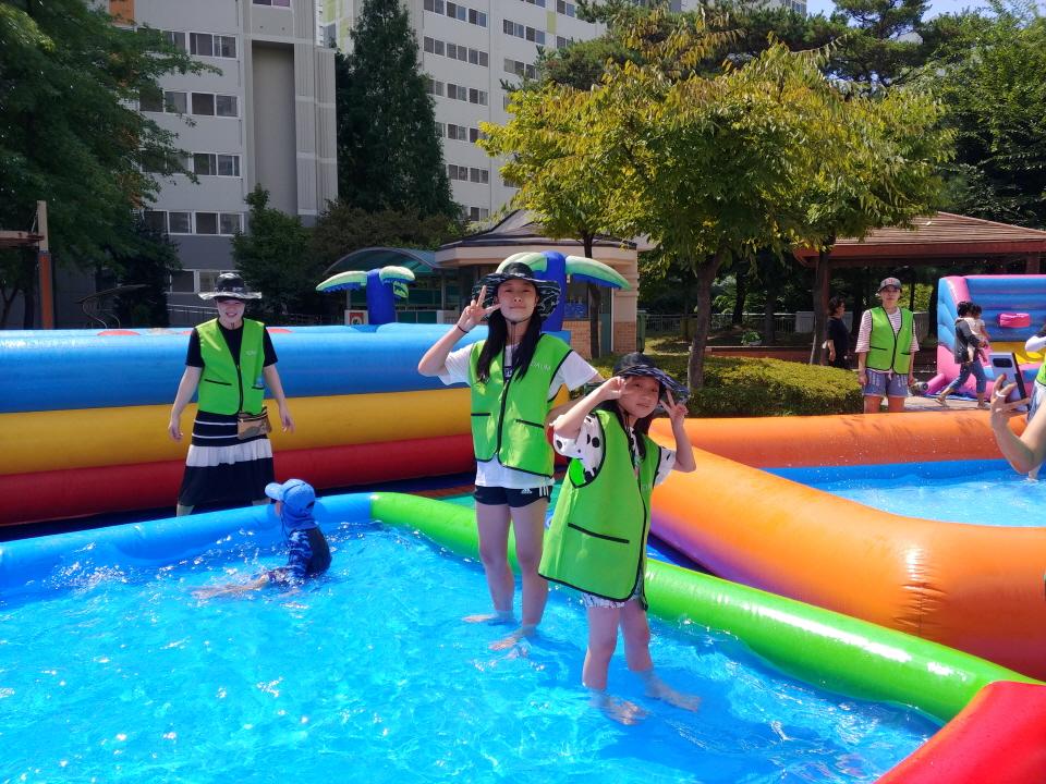 아이다움 하늘마을 3단지 물놀이 체험 자원봉사 (8)